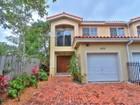 Maison de ville for sales at 2930 Bridgeport Ave 2930 Bridgeport Ave D Coconut Grove, Florida 33133 États-Unis