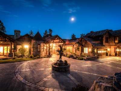 Villa for sales at The Ultimate Black Rock  experience 6397 W PLATINUM DR Coeur D Alene, Idaho 83814 Stati Uniti