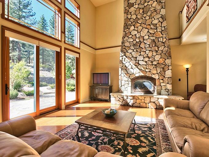 Maison unifamiliale for sales at 200 Five Creek Road  Gardnerville, Nevada 89460 États-Unis