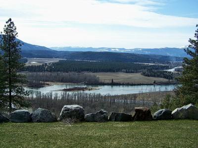 Einfamilienhaus for sales at Panoramic Kootenai River & Mtn Views 390 RAINBOW Lane Moyie Springs, Idaho 83845 Vereinigte Staaten
