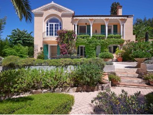 Single Family Home for sales at Wonderful property for sale in walking distance to the beaches of Les issambres,  Sainte Maxime, Provence-Alpes-Cote D'Azur 83380 France