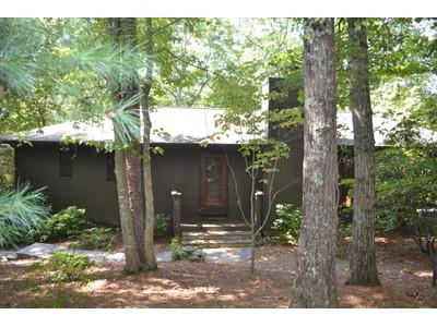 Maison unifamiliale for sales at A True Mountain Treasure 845 Quail Cove  Big Canoe, Georgia 30143 États-Unis