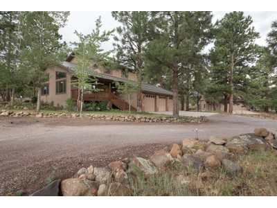 Maison unifamiliale for sales at Private and Pristine Five Acres 5110 E Peaceful WAY Flagstaff, Arizona 86004 États-Unis