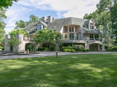 Villa for sales at Striking Custom Built Home with Modern Flair 18 Glennon Farm Lane  Tewksbury Township, New Jersey 07830 Stati Uniti