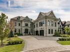 Casa para uma família for  sales at Sainte-Dorothée (Laval) 1002 Rue Bibeau Laval, Quebec H7X4B2 Canadá