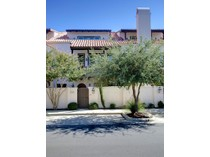 Maison de ville for sales at 269 Casa Blanca Avenue    Fort Worth, Texas 76107 États-Unis