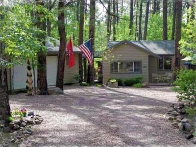 Villa for sales at Pristine, Beautiful & Private Settings in the White Mountain Summer Homes Area 3099 Quail Hollow Pinetop, Arizona 85935 Stati Uniti