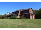단독 가정 주택 for  sales at Classic Vermont Home 701 Coaching Lane   West Windsor, 베르몬트 05037 미국