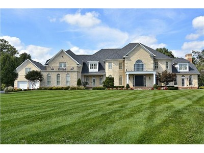 Single Family Home for sales at Sophisticated Beacon Hill Estate 16987 Bold Venture Dr Leesburg, Virginia 20176 United States
