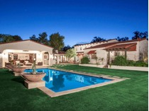 Maison unifamiliale for sales at Stunning Santa Barbara Home On 1+ Acre Lot In Highly Coveted Community 8129 N 74th Place   Scottsdale, Arizona 85258 États-Unis