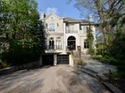 Casa Unifamiliar for sales at 1 Westgrove Crescent  Toronto, Ontario M5N2S7 Canadá