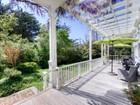 Einfamilienhaus for  sales at Amazing Retreat 9870 State Route 1 Highway Olema, Kalifornien 94950 Vereinigte Staaten