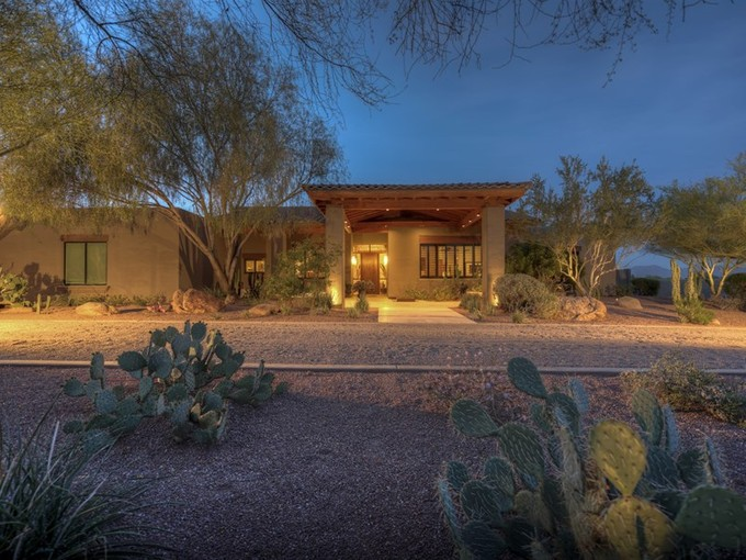 Single Family Home for sales at Stunning Desert Oasis With Spectacular Mountain Views And Peaceful Surroundings 6450 E Jackrabbit Rd Paradise Valley, Arizona 85253 United States