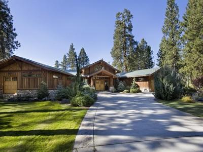 Nhà ở một gia đình for sales at 1031 Wood Duck Rd  Cle Elum, Washington 98922 Hoa Kỳ