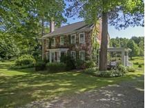 Maison unifamiliale for sales at Silas H. Cutler House C.1826 32 Perrin Road   Woodstock, Connecticut 06281 États-Unis