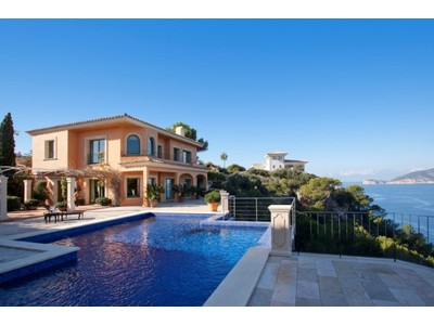 Einfamilienhaus for sales at Villa in erster Meereslinie in Port Andratx  Andratx, Mallorca 07157 Spanien