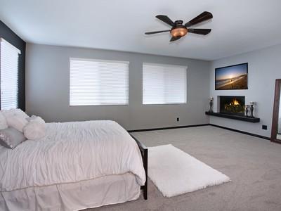 Moradia for sales at 25220 Coral Canyon Road  Corona, Califórnia 92883 Estados Unidos