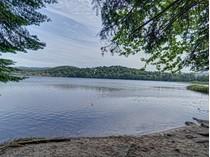 Land for sales at Lac Delage Avenue du Rocher   Lac-Delage, Quebec G3C5A4 Kanada