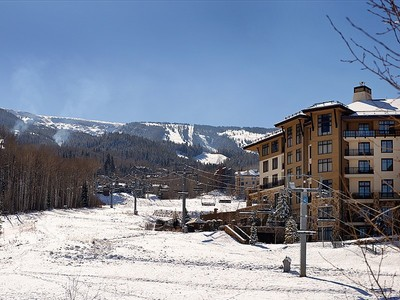 Maison de ville for sales at Timbers Club Townhome J1 55 Timbers Club Court Unit J1   Snowmass Village, Colorado 81615 États-Unis