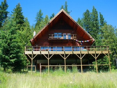 Single Family Home for sales at Cedar Home Nestled in the Woods 1918 W Spring Creek Hope, Idaho 83836 United States