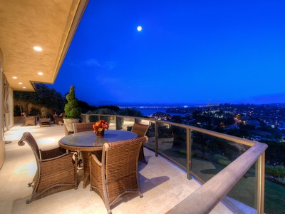 Maison unifamiliale for sales at Resort Living with Panoramic Views 11 Acela Drive  Tiburon, Californie 94920 États-Unis