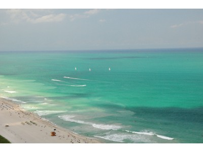 Appartement en copropriété for sales at Continuum South Beach 3401 50 S. Pointe Dr Unit 3401 Miami Beach, Florida 33139 États-Unis