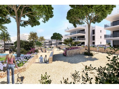 Apartment for sales at Bright penthouse with sea access in Camp de Mar  Camp De Mar, Mallorca 07157 Spain