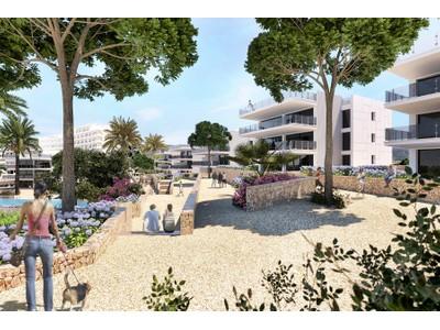 아파트 for sales at Bright penthouse with sea access in Camp de Mar  Camp De Mar, 말로카 07157 스페인