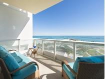 Appartement en copropriété for sales at 100 S Pointe Dr # 905 100 S Pointe Dr Unit 905   Miami Beach, Florida 33139 États-Unis