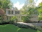 Villa for sales at Commuter's Dream 31 Westway Road Westport, Connecticut 06880 Stati Uniti