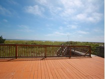 Maison unifamiliale for sales at Oceanfront; WHB Village with ROW to the Bay 517 Dune Road   Westhampton Beach, New York 11978 États-Unis