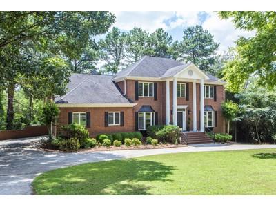 단독 가정 주택 for sales at Beautiful Colonial Brick Home 7775 Jett Ferry Rd Sandy Springs, 조지아 30350 미국