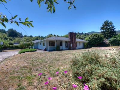 獨棟家庭住宅 for sales at Mid-Century Home on Sunny Level Lot 125 Vision Road Inverness, 加利福尼亞州 94937 美國