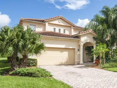 Moradia for sales at VeroLago 5569 57th Way  Vero Beach, Florida 32967 Estados Unidos