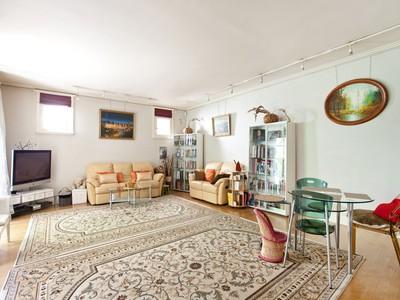 Maison de ville for sales at Family House with terrace and private garden - Gros Caillou  Paris, Paris 75007 France