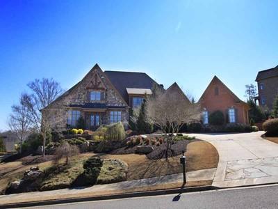 一戸建て for sales at Beautiful Estate Home 15911 Manor Club Drive Alpharetta, ジョージア 30004 アメリカ合衆国
