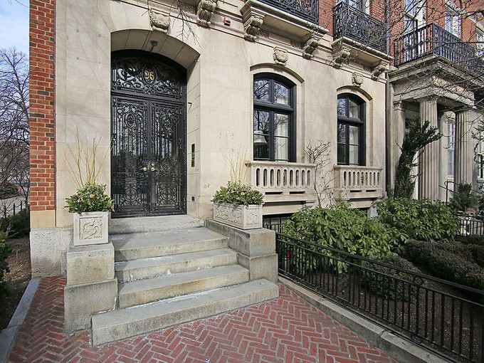 Condominium for sales at Stunning Beacon Hill Penthouse 96 Beacon Street Unit PH Boston, Massachusetts 02108 United States