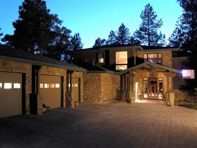 独户住宅 for sales at Gorgeous Multi-Level 1780 Bessie Kidd Best  Flagstaff, 亚利桑那州 86001 美国