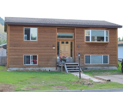 Maison unifamiliale for sales at Single Family Home in Town 1150 Meadowlark Town Of Jackson, Wyoming 83001 États-Unis