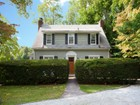 Maison unifamiliale for sales at Pretty Dutch Colonial 219 Engle St Tenafly, New Jersey 07670 États-Unis