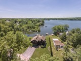 獨棟家庭住宅 for sales at Waterfront on Lake Pocotopaug 15 Oneill Lane East Hampton, 康涅狄格州 06424 美國