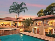 Moradia for sales at East meets West home in prestigious West Cliff  Johannesburg, Gauteng 2193 África Do Sul