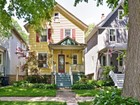 Casa para uma família for sales at Beautiful two story farmhouse with large front porch 2526 Ashland Avenue Evanston, Illinois 60201 Estados Unidos