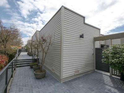 Condominio for sales at Spectacular Views 31 2235 Folkstone Way West Vancouver, Columbia Britannica V7S2Y6 Canada
