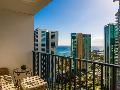 Condominio for sales at Hawaiki Tower 88 Piikoi Street #3502 & 3501  Honolulu, Hawaii 96814 Estados Unidos