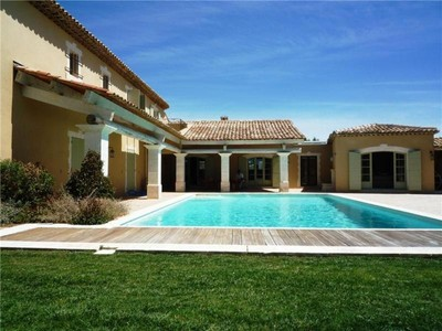 Casa Multifamiliar for sales at The biggest property on the golf  Mallemort, Provincia - Alpes - Costa Azul 13370 Francia