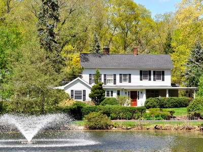 Einfamilienhaus for sales at Classic Country Estate 82 Shingle House Road  Millwood, New York 10546 Vereinigte Staaten