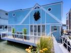 "Nhà ở một gia đình for  open-houses at ""Almost Heaven"" Houseboat 11 Gate 6 1/2 Road Sausalito, California 94965 Hoa Kỳ"