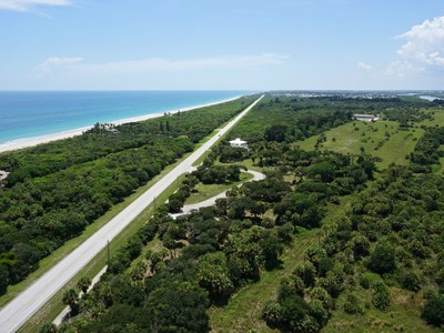 Terrain for sales at Barrier Island Homesites in The Reserve 11795 Highway A1A Vero Beach, Florida 32963 États-Unis