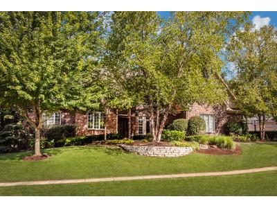 Einfamilienhaus for sales at Outstanding Austin Oaks Residence 4000 Oakleaf Drive Zionsville, Indiana 46077 Vereinigte Staaten